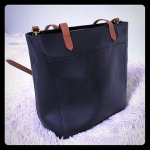 Zip-Top Medium Transport Tote, new with tags